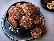 Рецепта Какаови бисквити с орехи и овесени ядки